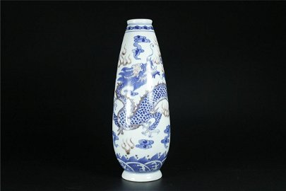 CHINESE BLUE AND COPPER-RED VASE QING DYNAST