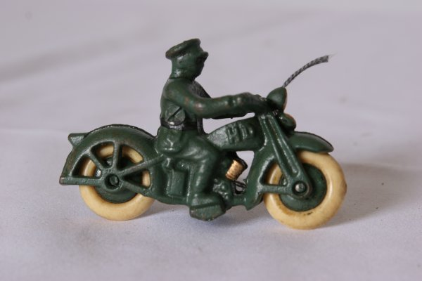 "20: Hubley Harley Davidson with Rider: Size: 4-1/2"" L."