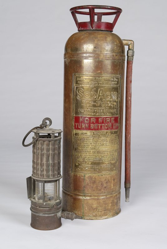 2: Wolf Safety Lamp (New York)