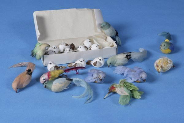10: Collectors Lot of 22 Faux Small Birds