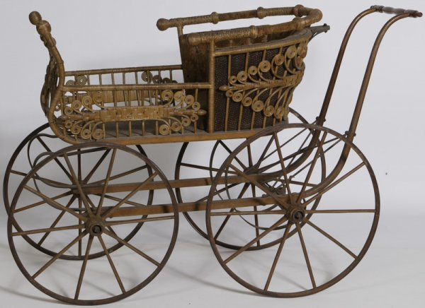 1015: Late 19th C. Haywood Wakefield Wicker Baby Carria