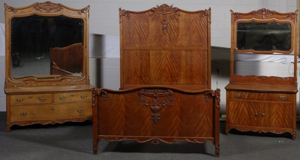 1021: 3 Piece Late 19th C. Quilted Maple Victorian Bedr