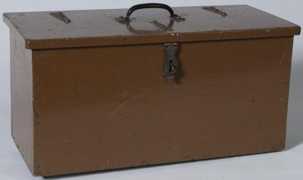 1336: Circa 1910 Handmade Pine Workman's Tool Box
