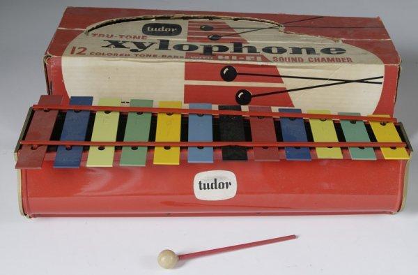1013: Tudor Tru-Tone Xylophone