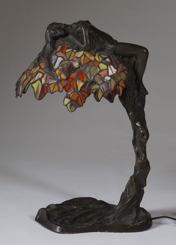 19: Art Nouveau Style Leaded Stain Glass Table Lamp
