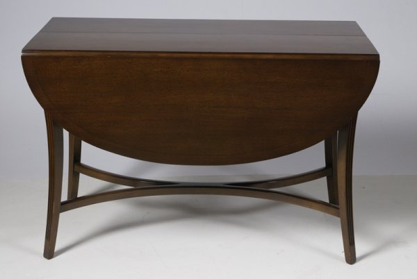 30: Very Nice Federal Style Drop Leaf Dining Table