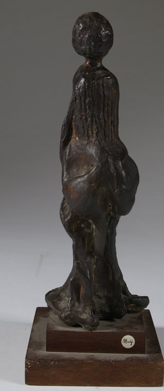 1005: Contemporary Bronze Figure Of A Woman - 2