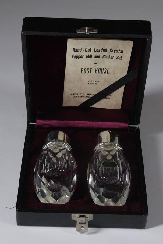 1432: Vintage Post House Crystal Salt & Pepper Shaker