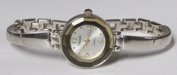5: Glamorous Details Quartz Ladies Watch