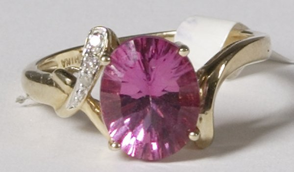 719: Exquisite 10K Pink Sapphire and Diamond Ring