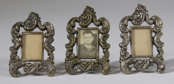 10: 3 Vintage Silverplated Sweetheart Clips  Frames