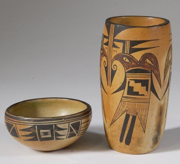 263: 2 Southwest Indian Pottery Pieces