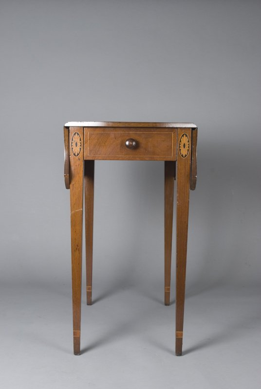 1: Kittinger Inlaid Drop Leaf Mahogany Pembrook Table