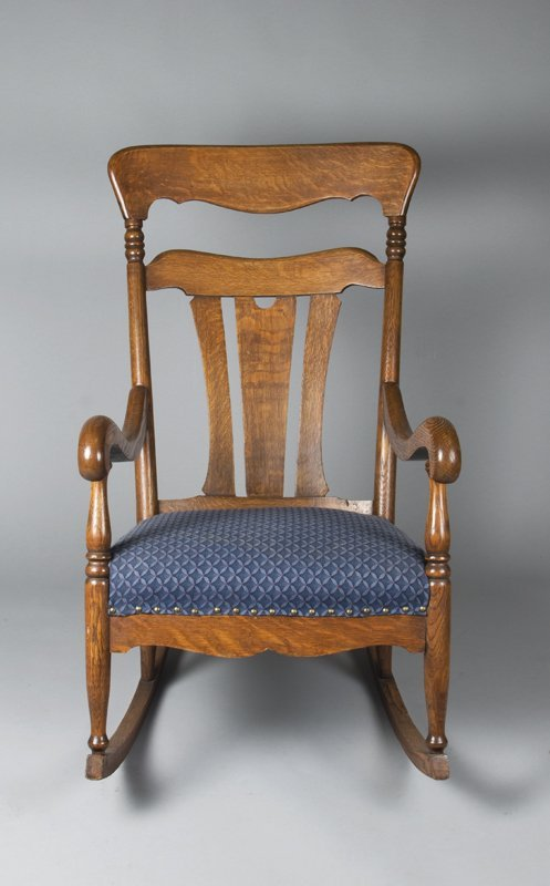 7: Exceptional Antique Oak Rocking Chair