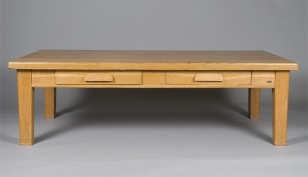 10: Large Oak Coffee Table