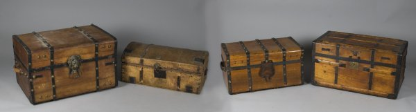 16: 4 Antique Wooden Chests
