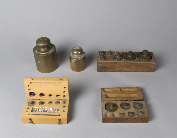22: Collection of Boxed and Unboxed Brass Weights