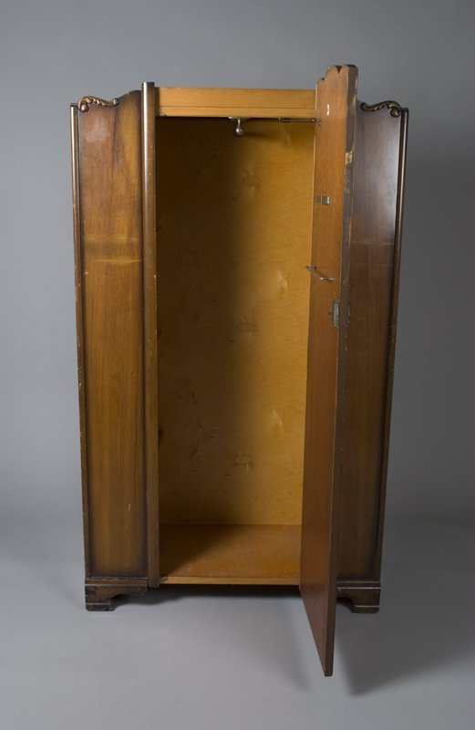 515: Circa 1960's Art Deco Wardrobe - 5