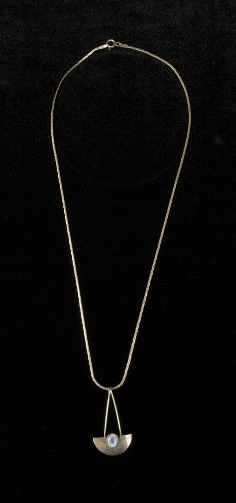 611: Ladies Unique Sterling and Opal Necklace