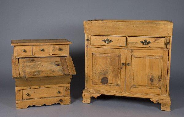 18: Vintage Bennington Pine Dry Sink & Dry Goods Sink