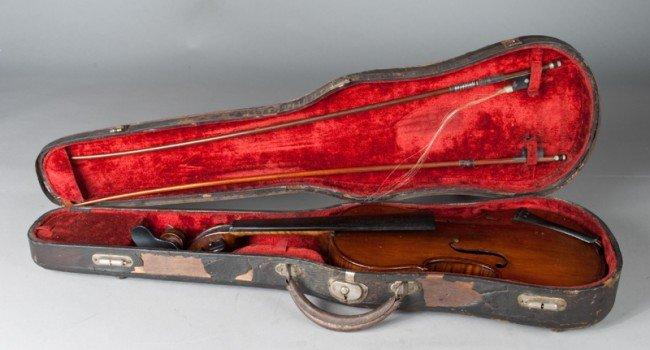 292: Antique Violin, Bows & Case