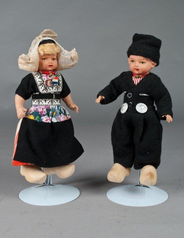 9: Pr. Of Dutch Souvenir Dolls