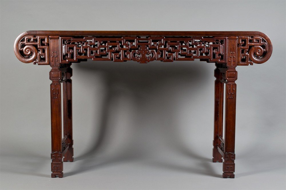 719: A Fine Chinese Hardwood Alter Table