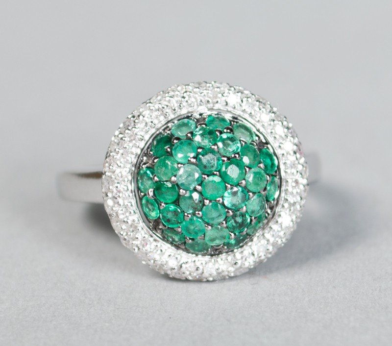 510: Ladies Emerald, Diamond & 14K Gold Ring