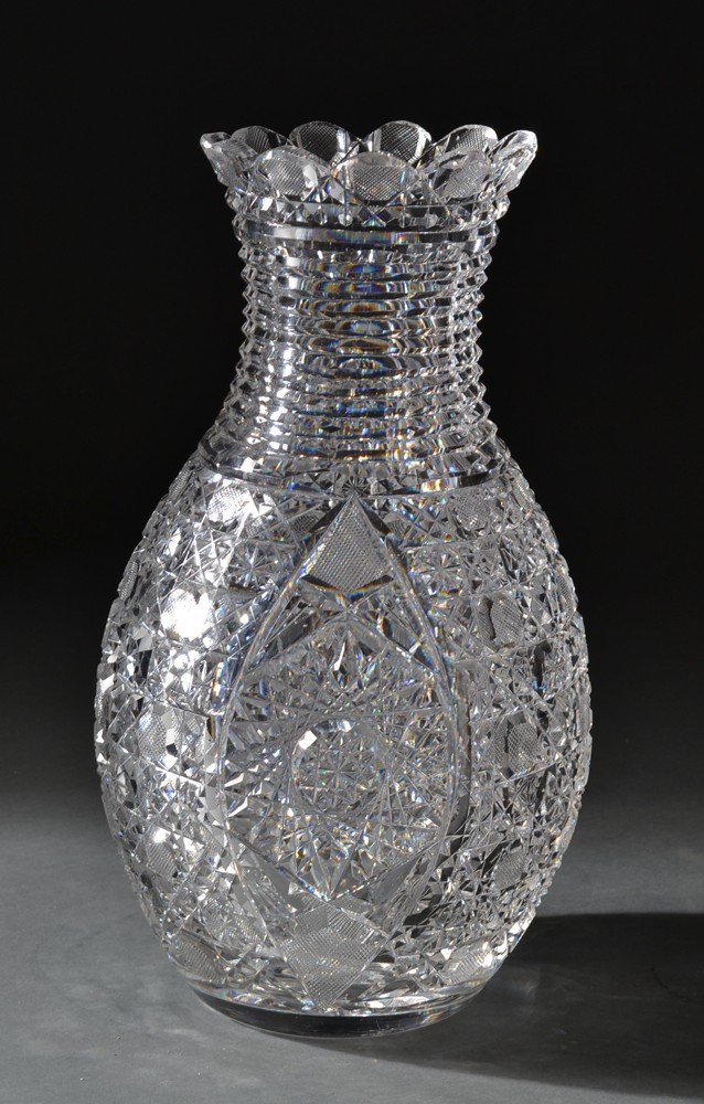 586: A Very Fine Signed Hoare Cut Glass Vase