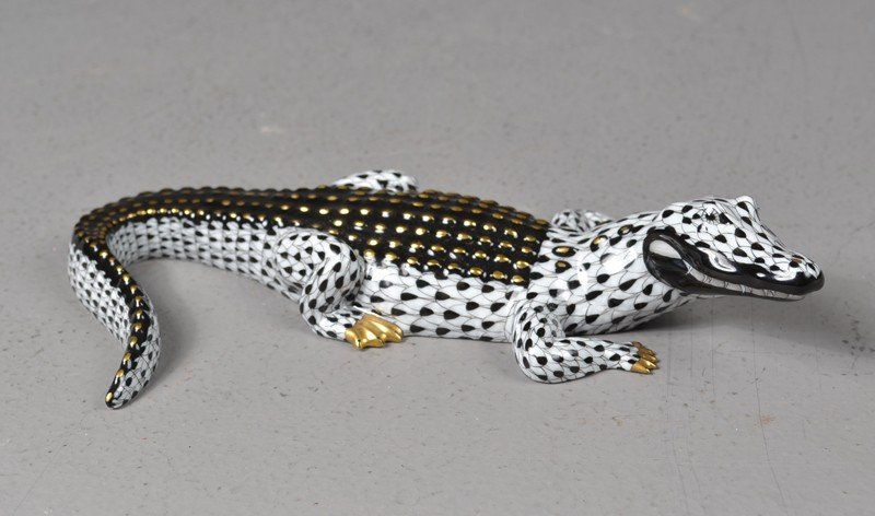 598: A Fine Herend First Edition Hand Painted Alligator