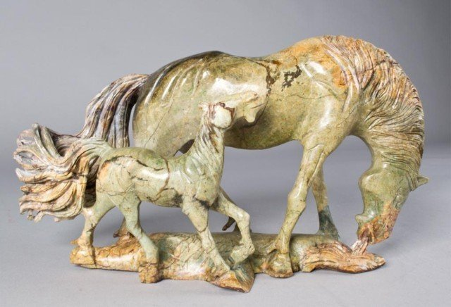 151: A Fine Chinese Carved Jade Horse Sculpture