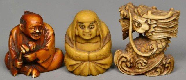 555: (3)Japanese Carved Ivory Netsuke