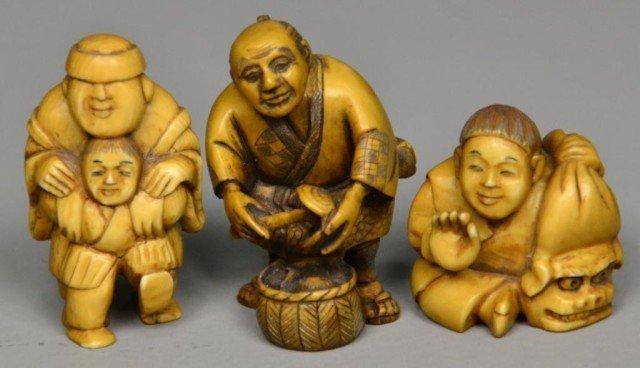 558: (3)Japanese Carved Ivory Netsuke