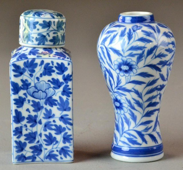 6: (2) Chinese Blue And White Porcelain Items