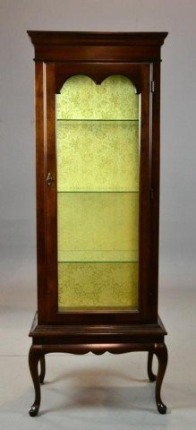 1004: Queen Anne Style Mahogany Curio Cabinet