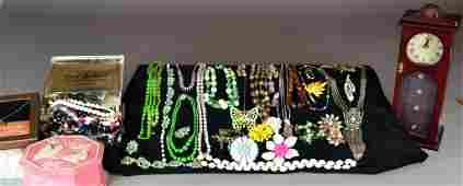 638 LARGE COLLECTION OF COSTUME JEWELRY