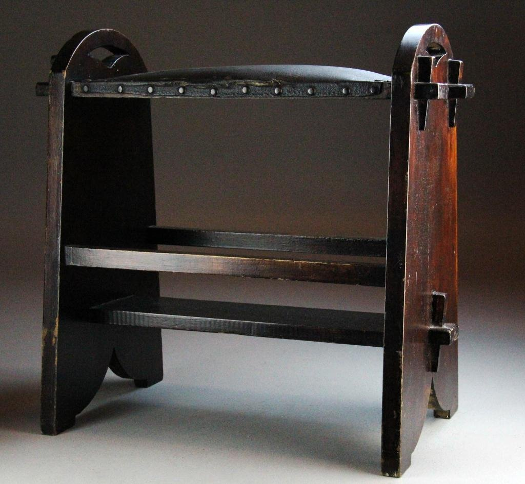 9: A Fine Arts & Crafts Stickley Style Leather Bench