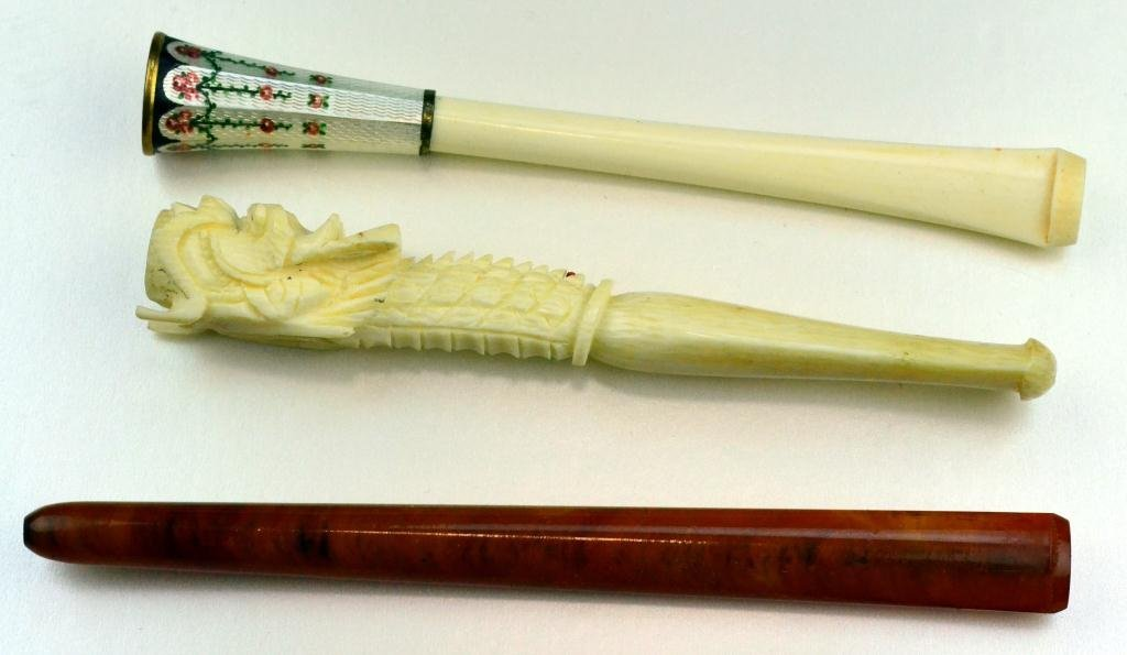 11: (3) Japanese Cigarette Holders Inc. Ivory