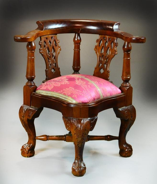14: Child's Mahagony Chippendale-Style Corner Chair