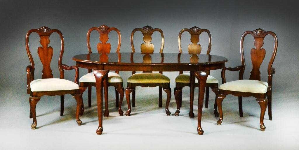 1: (6) Piece Queen Anne Style Mahogany Dining Set
