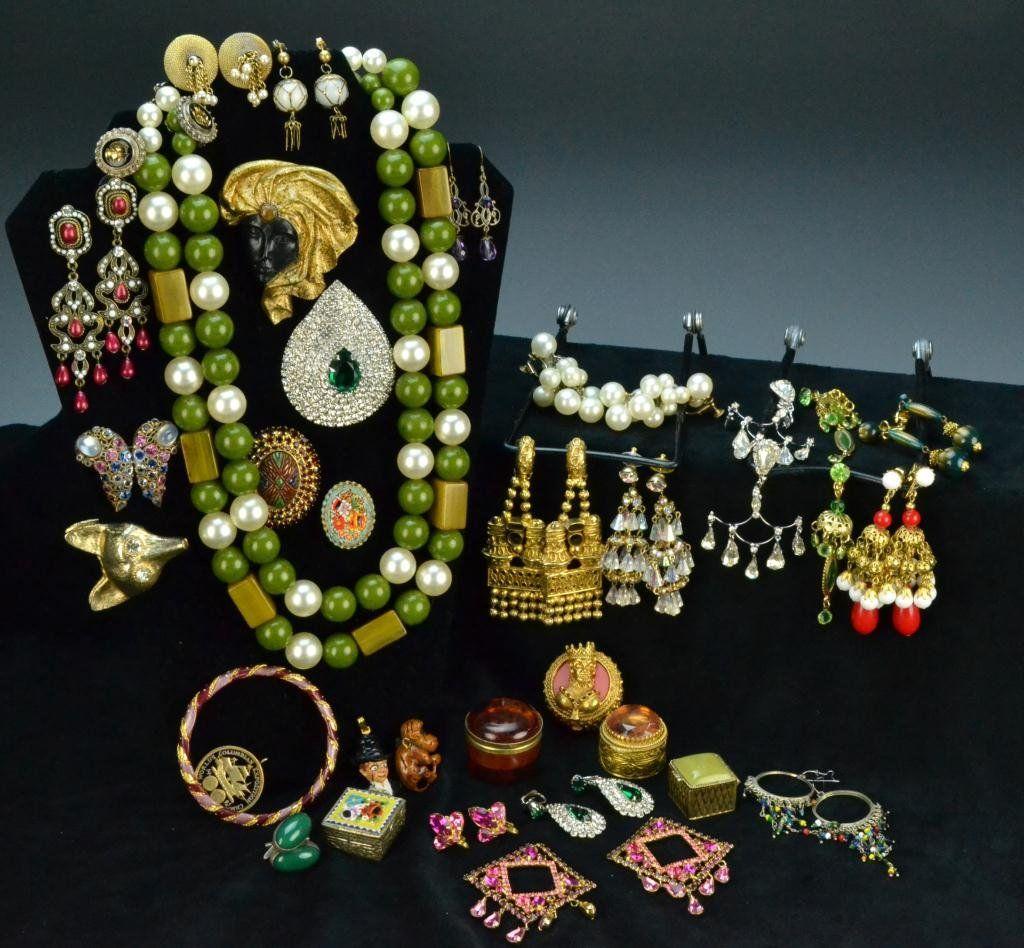 377: (50) Pcs. Vintage Costume Jewelry