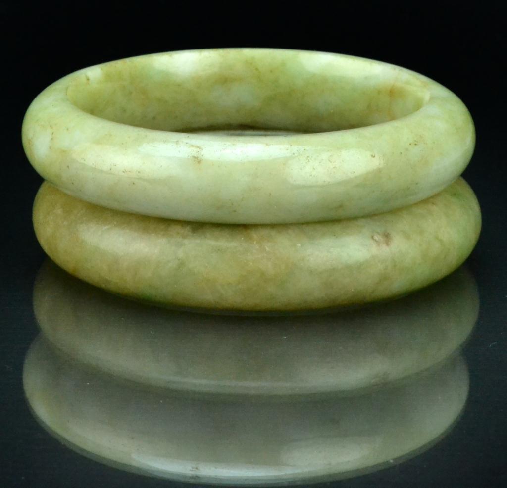14: (2) Chinese Qing Jade Bangle Bracelets