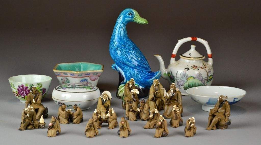 508: (23) Pcs. Chinese Porcelain And Pottery