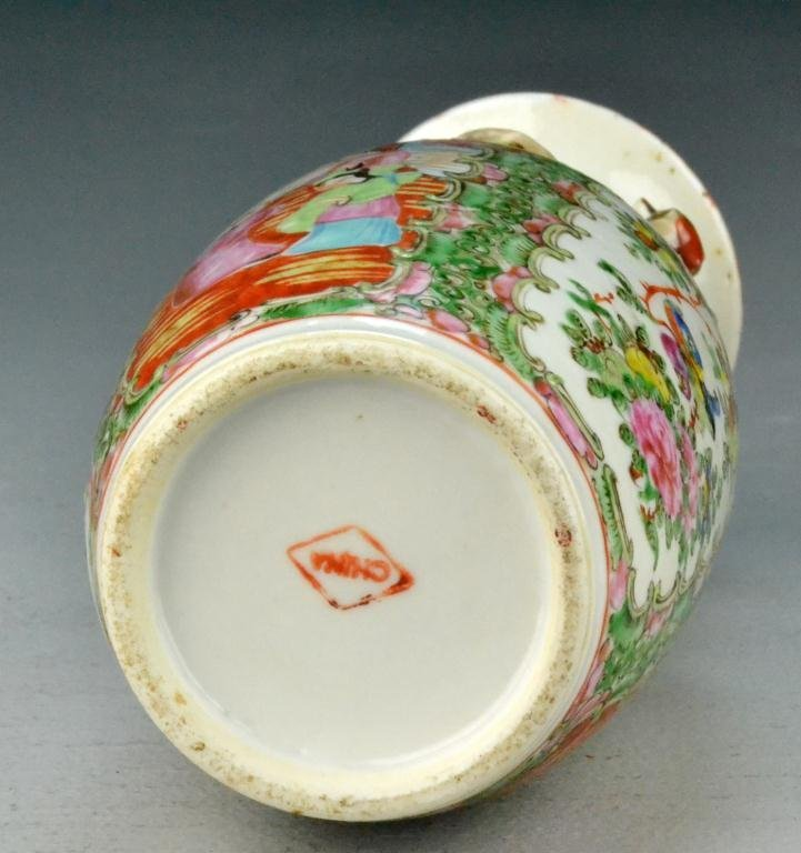 518: Chinese Rose Medallion Porcelain Export Vase - 5