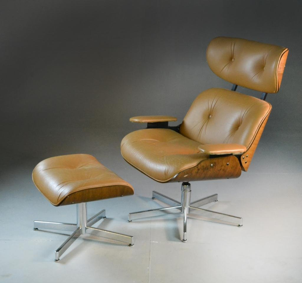 11: Eames Style Lounge Chair and Ottoman