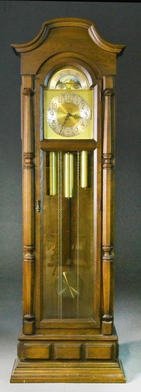 15: Molyneaux Grandfather's Clock