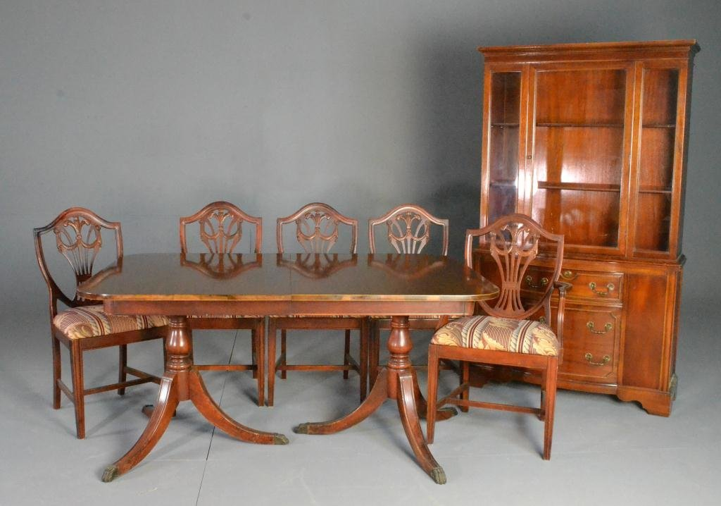 (8) Pc. Mahogany Duncan Phyfe Style Dining Suite