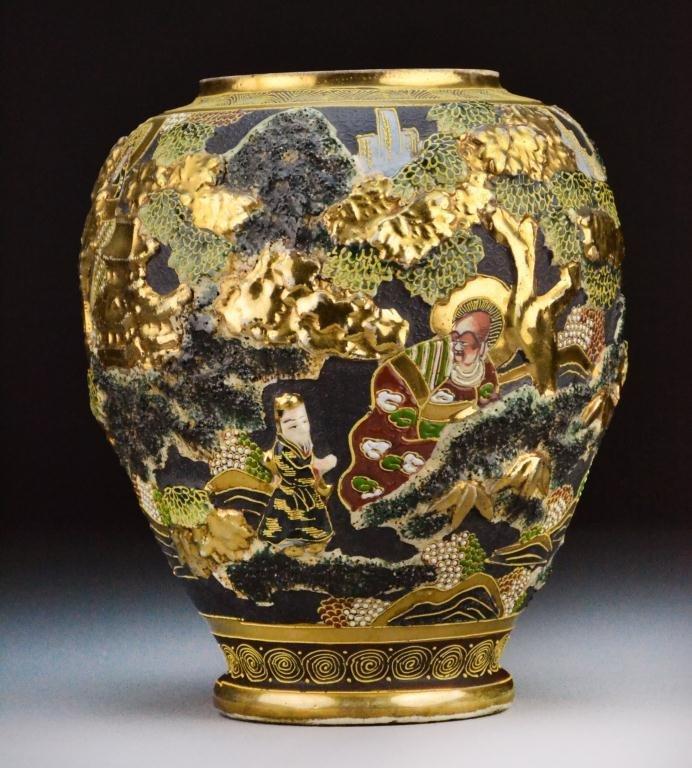 Large Japanese Satsuma Vase Meiji Period