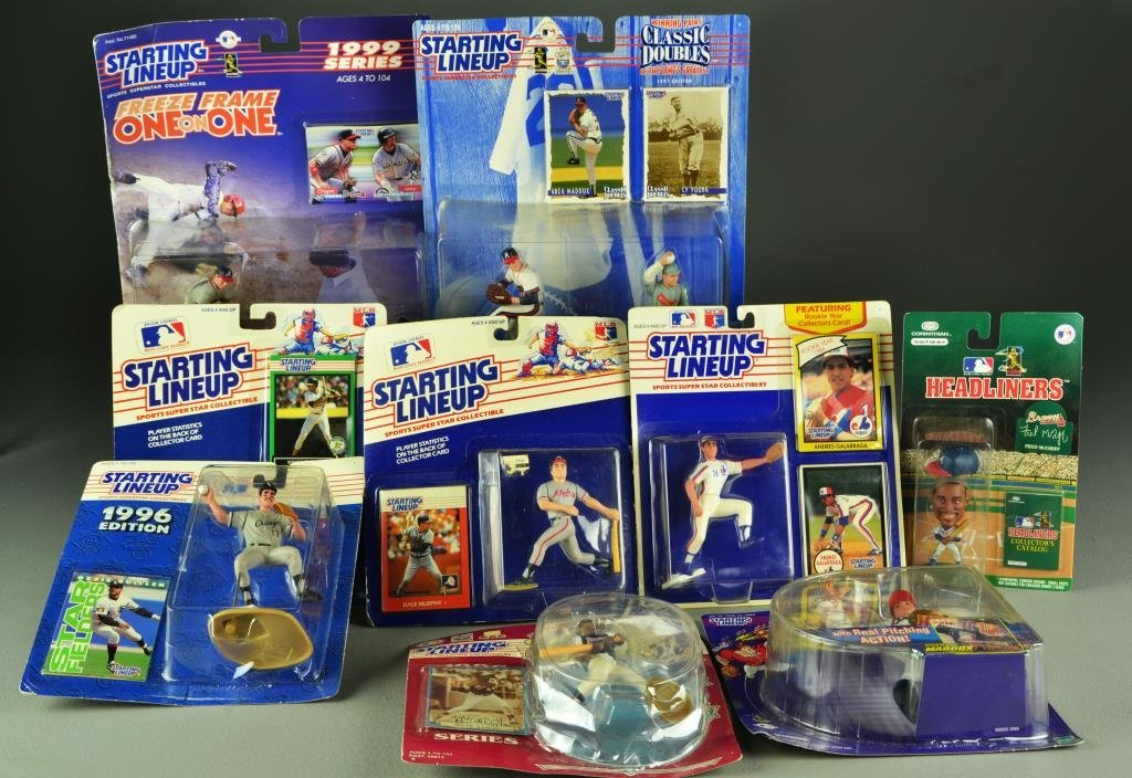 (38) 1994 - 1999 Atlanta Braves Plastic Player Replicas