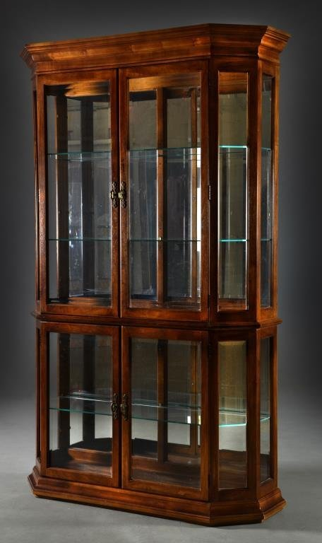 Pulaski Furniture Co. Glass & Wood Curio Cabinet - 2